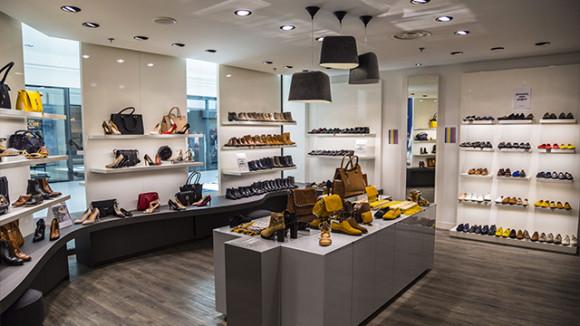 minelli nantes horaire adresse magasin de chaussuress nantes atlantis. Black Bedroom Furniture Sets. Home Design Ideas